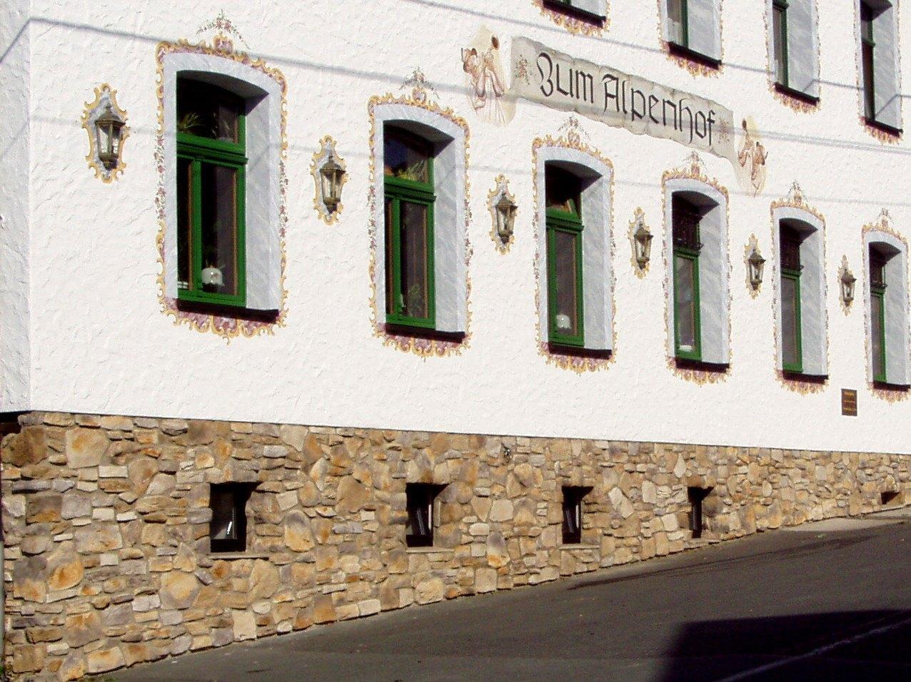 Fliesen und Naturstein Galerie Alpenhof Sockel
