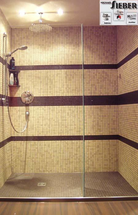 Dusche komplett mit Mosaik belegt